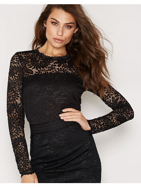 VMCELEB LS LACE TOP NOOS