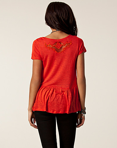 TOPPAR - FREE PEOPLE / CANDY CRAFTY KNIT TOP - NELLY.COM