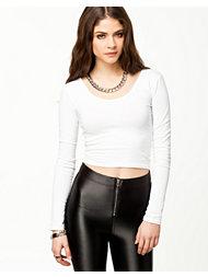 Estradeur Cropped LS Top