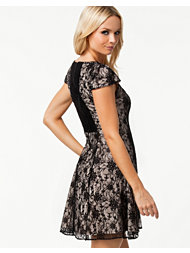 Alice & Olivia Claudya Dress