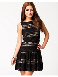 Alice & Olivia Chap Drop Waist Dress