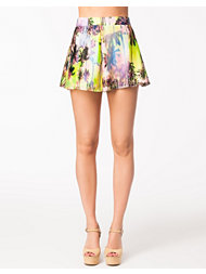 Oh My Love Tropical Palm Print Shorts