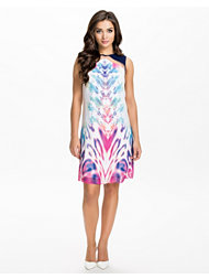 Little Mistress Printed Shift Dress