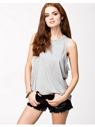 Estradeur Loose Tank Top
