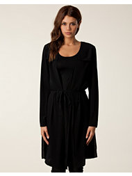 BACK Yoke Collar Dress