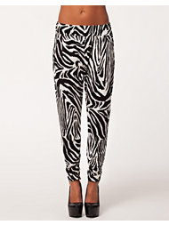 Womanize London Pants