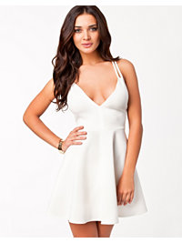 Juhlamekot, Cross Back Plain Dress, Oneness - NELLY.COM