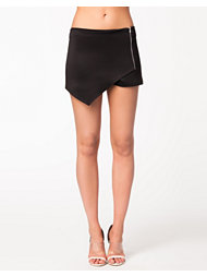 Oneness Wrap Side Zip Shorts