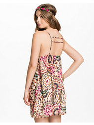 Oh My Love Zig Zag Cup Cami Dress