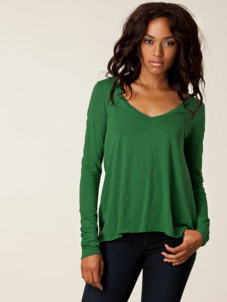 Find green from the Womens department at Debenhams. Shop a wide range of Knitwear products and more at our online shop today. Menu Menu Green womens cotton cable crew neck jumper Save. Was £ Now £ Warehouse Wide ribbed cosy funnel neck Save. £ Lands' End Green multicoloured cotton cable jumper.