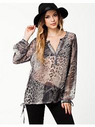 B.Young Snake Blouse