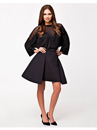 DKNY Runway Skirt With Stepped