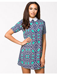 Lili London Collar Shift Dress