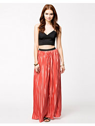 Lili London Pleated Maxi Skirt