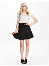 DKNY Skirt With Luxe Ponte