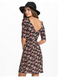 Catwalk88 Pixie Floral Dress