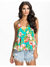 Topper, Swing Floral Top, Oneness - NELLY.COM