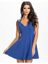 Oneness Off Shoulder Strap Dress