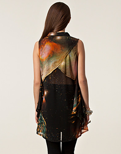 TOPPAR - EVIL TWIN / OUTER LIMITS MESH TUNIC - NELLY.COM