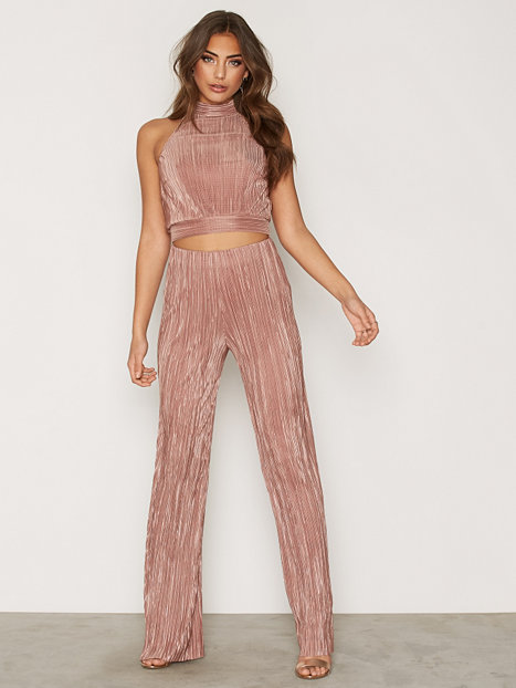 High Neck Crinkle Top