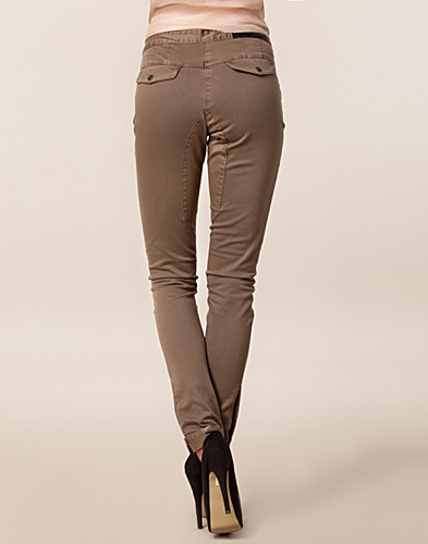 JEANS - DAY BIRGER ET MIKKELSEN / DAY SARAH PANTS - NELLY.COM