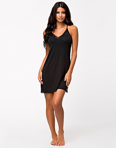 NIGHTWEAR - CALVIN KLEIN / ESSENTIAL SATIN CHEMISE - NELLY.COM