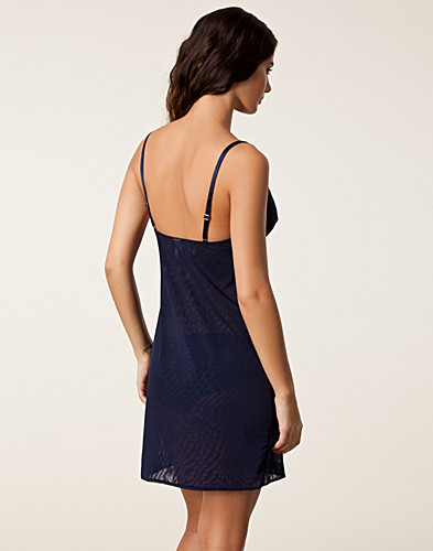 NIGHTWEAR - CALVIN KLEIN / EYELASH CHANTILLY CHEMISE - NELLY.COM