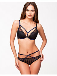 Implicite Contour Shorty Set