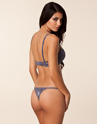 COMPLETE SETS - ARMANI / DAISY LACE THONG SET - NELLY.COM