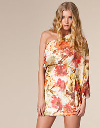 V London - One Shoulder Flower Dress