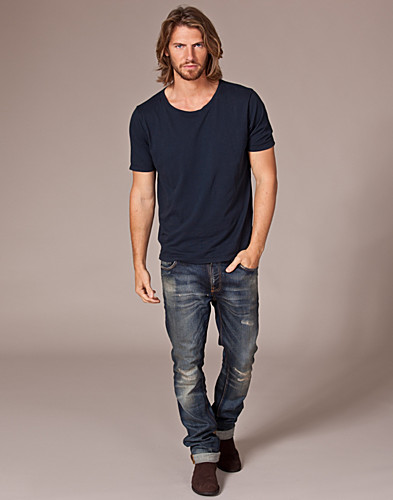 T-SHIRTS - NUDIE JEANS / WIDE NECK T-SHIRT - NELLY.COM