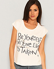 Insight - Just Be Tee