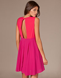 Angeleye - V-neck Lined Dress