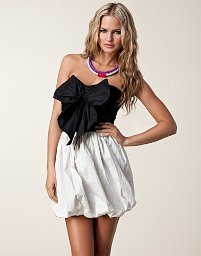 FESTKLÄNNINGAR - REVERSE / BOW PUFF BALL DRESS - NELLY.COM