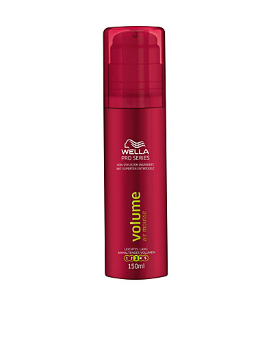 HÅRVÅRD - WELLA / VOLUME MOUSSE - NELLY.COM