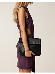 5 inch and up for nelly Ilja Leather Clutch