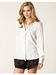 In Wear Vaida Shirt