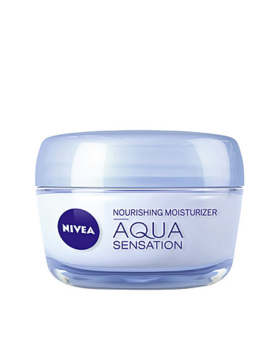 FACIAL CARE - NIVEA / AQUA SENSATION DRY/SENS DAY HYDRA IQ - NELLY.COM