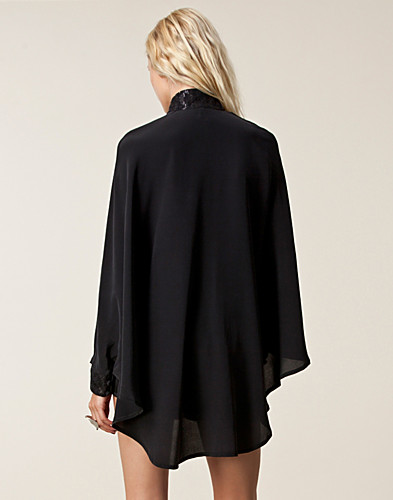 KJOLER - SÄBY / 5CDC PONCHO DRESS - NELLY.COM