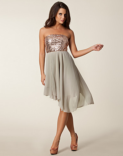PARTY DRESSES - AURA BOUTIQUE / BANDEAU SEQUIN ASSY DRESS - NELLY.COM