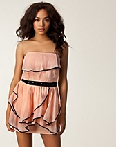 RUFFLE BANDEAU DRESS