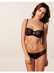 Chantelle C Chic Sexy Halfcup Set