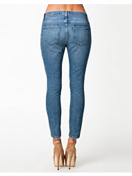 Current/Elliot Slouchy Stiletto Jeans