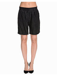 Just Female Port Shorts