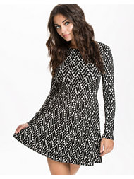 Just Female Shoppe Jaquard Dress