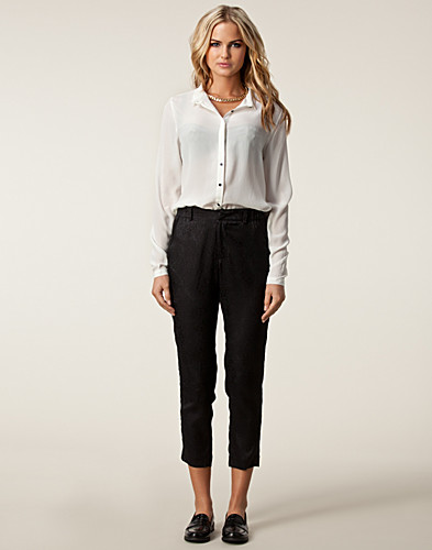 BYXOR & SHORTS - JUST FEMALE / SCALOP PANT - NELLY.COM