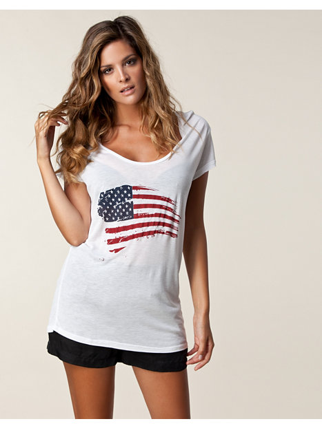 usa just white tops clothing