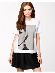 Just Female Face Tee