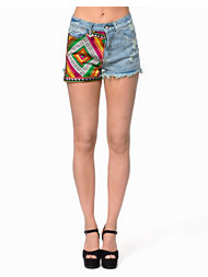 Native Rose Tapestry Front Vintage Wash Shorts