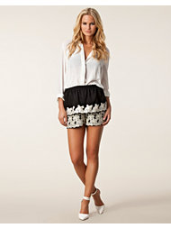 Anna Sui Floral Embroidery Shorts